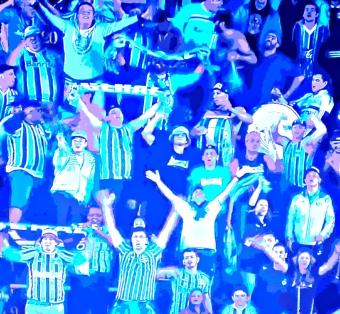 Grêmio faz festa na Vila e vai torcer pelo Inter