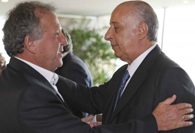 Zico recebe de Marco Polo Del Nero o apoio da CBF