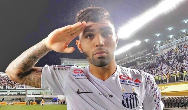 Gabigol no Facebook 318x