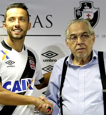 Nenê e Eurico: esbanjando confiança - Foto: Paulo Fernandes/Vasco.com.br