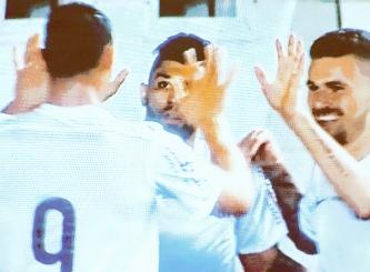 Ricardo Oliveira, Gabigol e Lucas Lima festejam goleada