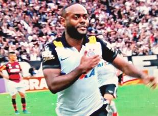 Vágner Love: gol da vitória sobre o Flamengo