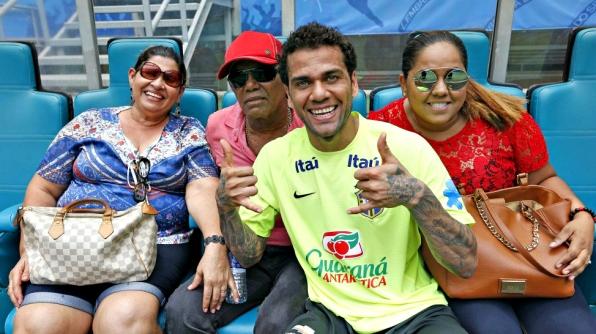 Daniel Alves em família @1611@