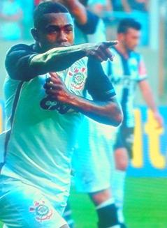 Malcom: gol muda o jogo no Independência